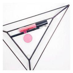//Pink Flush// #dollupbeauty #mattelipstick #mattelips #lipkit