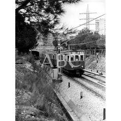 VISTA DEL FERROCARRIL DE LA LÍNEA BATÁN-CAMPAMENTO  1975: Descarga y compra fotografías históricas en | abcfoto.abc.es