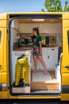 Van Conversion Interior, Camper Van Conversion Diy, Van Interior, Van Conversion Kitchen, Motorhome Conversions, Tiny Camper, Camper Life, Camper Van Kitchen, Van Dwelling