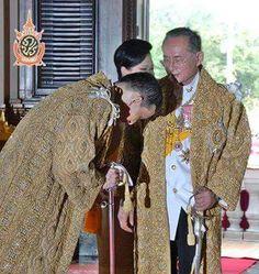 รูปภาพ King Rama 10, King Bhumipol, King Of Kings, King Queen, Modern World History, Thailand, In Remembrance Of Me, Bhumibol Adulyadej, Great King