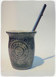 Cerámica y Diseño-Tres Margaritas Yerba Mate, Clay, Deco, Tableware, Food, Paper Bowls, Handmade Pottery, Pottery Designs, Ceramic Art