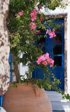 Santorini Island (Cyclades), Greece | Flickr - Photo by Round We Go