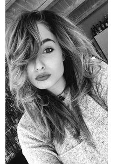 Imadlak es szeretem hogy videozol. Chanel, Long Hair Styles, Youtube, Beauty, Long Hair Hairdos, Cosmetology, Long Hairstyles, Youtubers, Long Haircuts