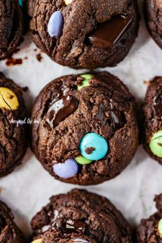 Soft and chewy Double Chocolate Chunk M&M Cookies are a fun, chocolatey treat that's loaded with M&M's and chunks of dark chocolate! Chocolate Chunk Cookie Recipe, Dark Chocolate Recipes, Valrhona Chocolate, Easy Chocolate Chip Cookies, Best Chocolate, Chocolate Food, M M Cookies, Easter Cookies, Yummy Cookies