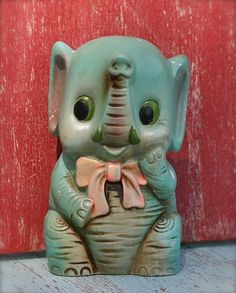 Vintage Elephant Bank Carnival Prize by ivorybird on Etsy Vintage Elephant, Little Elephant, Elephant Love, Elephant Photography, Carnival Prizes, Elephants Never Forget, Elephant Illustration, Asian Elephant, Vintage Cookies