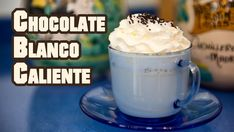 Chocolate Blanco Caliente con Chantilly