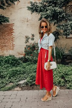 Summer maternity style inspiration and tips and tricks for anyone in or around their week of pregnancy! Mom Outfits, Toddler Outfits, Cute Outfits, Baby Girl Fashion, Toddler Fashion, Summer Maternity Fashion, Maternity Style, Lauren Kay Sims, Christian Clothing