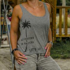 Ladies travel top Adventure is waiting, let's go! | travelingdutchies.com