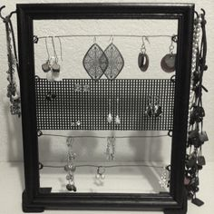 Great jewelry holder