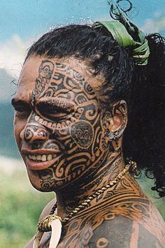 A Maori man, New Zealand. The Māori are the indigenous Polynesian people of New Zealand. The Māori originated with settlers from eastern Polynesia, who arrived in New Zealand in several waves of canoe voyages at some time between 1250 and 1300 CE. #angel #tattoo #tattoos
