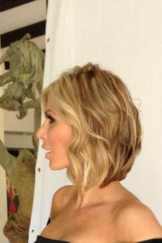 Alexis Bellino -- love the cut and color!