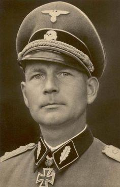 "✠ Otto Kumm (1 October 1909 - 23 March 2004) RK 16.02.1942 SS-Obersturmbannführer Kdr SS-Rgt (mot) ""Der Führer"" 2. SS-Panzer-Division ""Das Reich"" [221. EL] 06.04.1943 SS-Obersturmbannführer Kdr SS-Pz.Gren.Rgt ""Der Führer"" 2. SS-Panzer-Division ""Das Reich""  [138. Sw] 17.03.1945 SS-Brigadeführer und Generalmajor der W-SS Kdr. 7.SS-Freiw.Geb.Div. ""Prinz Eugen"""