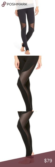 ALO YOGA COAST LEGGING XXS NWT Yogi toes. The Coast Legging offers secure coverage with stirrup foot detail, smooth seams and contemporary mesh blocking at side of leg and knee area. Twists and inversions don't stand a chance against it.  - Engineered to lift, sculpt, contour and smooth - Wear-tested by our in-house team for the perfect fit - 4-way-stretch fabric for a move-with-you feel - Moisture-wicking antimicrobial technology - Hidden key pocket ALO Yoga Pants Leggings