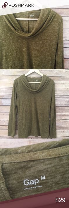 "GAP olive green cowl neck long sleeve top This is a super soft, basic long sleeve tee with cowl neck design. Pair with jeans and boots!  Measurements laying flat:  * Bust 19"" * Length 25"" * Arm 25""  Condition/Flaws * Gently used, but still in excellent condition * No significant flaws (stains, rips, pilling)  Item # *RS1RP.150817 GAP Tops"