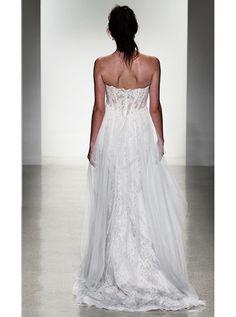 アクア・グラツィエがセレクトした、KELLY FAETANINI(ケリー ファッタニーニ)のウェディングドレス、KF020をご紹介いたします。