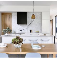 Marble splashback kitchen