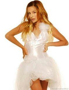Brenda Llamas, Formal Dresses, Fashion, Models, Ugly Duckling, Ballerinas, Formal Gowns, Moda, Fashion Styles