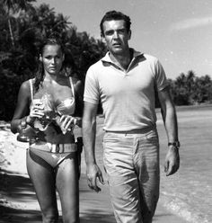 Sean Connery & Ursula Andrews