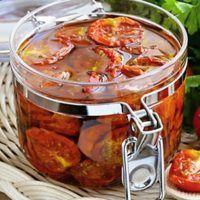 Recept : Domácí sušená rajčata | ReceptyOnLine.cz - kuchařka, recepty a inspirace Tomato Sauce, Punch Bowls, Veggies, Homemade, Snacks, Canning, Fruit, Kitchen, Recipes