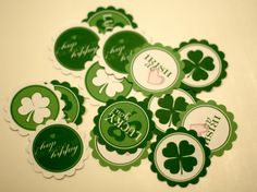 Free St Patricks Day party circles : These can be used for many things:  Cupcake toppers  Napkin rings  Placemats  invitations  party hats  favor tags
