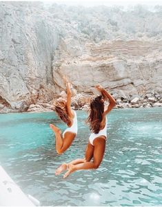 Cute Friend Pictures, Best Friend Pictures, Friend Pics, Bff Pics, Summer Aesthetic, Travel Aesthetic, Beach Aesthetic, Best Friend Goals, Best Friends