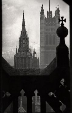 London  The Houses of Parliament, view from Victoria Tower, London, 1934