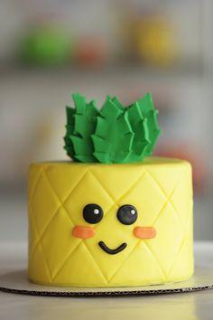 You need to make this adorable pineapple cake!