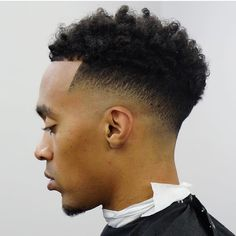 low fade haircuts - Adorable Low Bald Taper Fade Haircut, Taper Fade Haircut Types Of Fades 2018 Pertaining to Unique Low Bald Taper Fade Haircut High Top Fade Haircut, Temp Fade Haircut, Types Of Fade Haircut, Fade Haircut Styles, Taper Fade Haircut, Tapered Haircut, Beard Styles, Hair Styles, Cool Haircuts