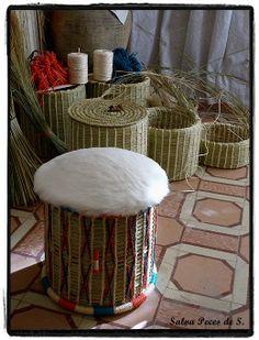 SONSECA en el zurrón y ...: Serijo. Posón, posadero Outdoor Furniture, Outdoor Decor, Ottoman, Artisan, Home Decor, Sports Bars, Wicker, Traditional, Fur