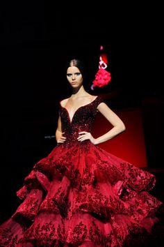 Michael Cinco couture gown. #FIDeFW #MichaelCinco
