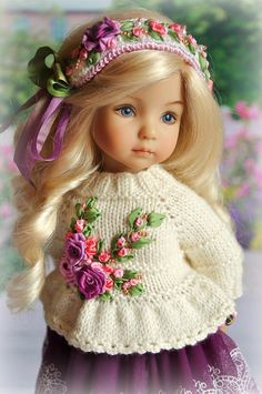 New crochet baby girl clothes princesses Ideas Crochet Doll Clothes, Knitted Dolls, Crochet Dolls, Crochet Baby, Pretty Dolls, Cute Dolls, Beautiful Dolls, American Girl Crochet, Baby Clothes Patterns