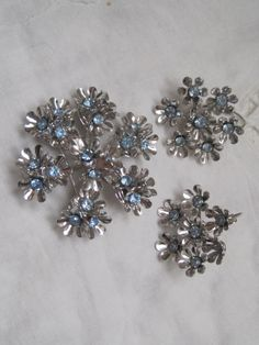 COROTopaz Blue Snowflake Brooch And Earring by LunasVintageDesigns, $35.00