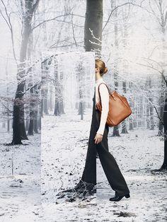 """Le Monde d'Hermès n°63. """"Convoyeur"""" bag in fauve Barenia calfskin. """"Hanovre"""" boots in black calfskin. #hermes #fashion"""