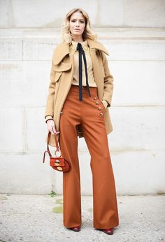 Vogue Mode: Trends, Fashion-News, Star-Looks und Accessoires - Vogue. Paris Street Fashion, Fashion Week Paris, Winter Fashion, Tokyo Fashion, Fashion Week 2015, Fashion Weeks, Fashion Trends, Star Fashion, Paris Street Styles