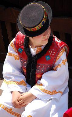 Folk Costume, Costumes, Folk Clothing, Anton, Captain Hat, Textiles, Embroidery, Clothes, Fashion