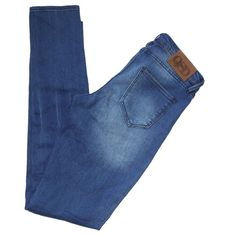QUIKSILVER - Light Wash - Jeans Light wash skinny jeans in perfect condition. ❌TRADES❌ Quiksilver Jeans