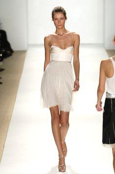 J. Mendel at New York Fashion Week Spring 2006 - Runway Photos