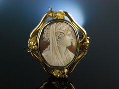 Antique Cameo Brooch! Muschel Kamee Ceres um 1840