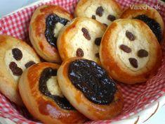 České koláče - recept   Varecha.sk Doughnut, Muffin, Sweets, Chocolate, Breakfast, Cake, Desserts, Food, Basket