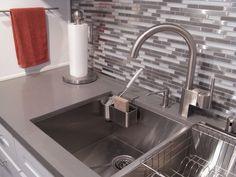 Modern Random Mix Stainless Steel - Glass - Ceramic Tile