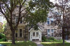 """""""possibly the largest concentration of early mansions in Canada"""" [REMASTERED] - SkyscraperPage Forum Atlanta Neighborhoods, South Burlington, Small Castles, City Block, Art Deco Home, Stone Houses, Back In Time, Victorian Homes, Great Photos"""