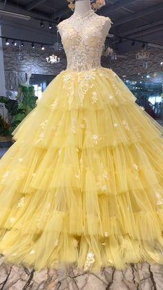 Charro Quinceanera Dresses, Pretty Quinceanera Dresses, Sweet 16 Dresses, Beautiful Prom Dresses, Pretty Dresses, Quinceanera Themes, Luxury Wedding Dress, Wedding Dresses, Ball Gowns Fantasy