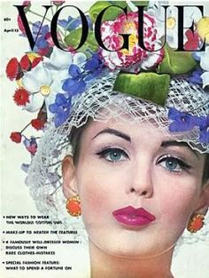 Vintage Vogue magazine covers - mylusciouslife.com - Vintage Vogue April 1962.jpg
