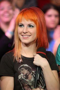 Paramore<3 Hayley rocks