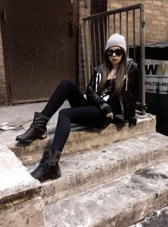 Chicago grunge shoot/ Model: Samantha Melilli/ Photography