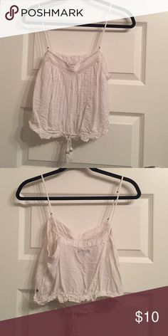 White crop tank White crop top with a cute tie in the front American Eagle Outfitters Tops Crop Tops