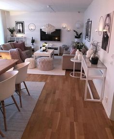 Novel Small Living Room Design and Decor Ideas that Aren't Cramped - Di Home Design Small Apartment Living, Home Living Room, Living Room Designs, Decorating Small Living Room, Living Room Decorations, Decorating Small Apartments, Small Living Dining, Living Room On A Budget, One Bedroom Apartment