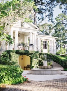 Hilton Head Island & its beautiful mansions | southern style & homes | jen huang photo