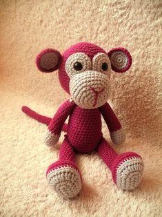 Háčkovaná opička na přání (30 cm) / Zboží prodejce Paaia | Fler.cz Crochet Monkey, Crochet Patterns Amigurumi, Loom Knitting, Teddy Bear, Dolls, Baby, Animals, Craft, Knitted Animals