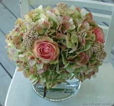 Pink & Green- speckled hydrangea, rice flowers and 'esperance' roses
